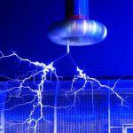 中学生の時にやった実験・・・雷の仕組みを理解して自分で作って実験してみよう!