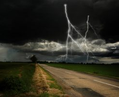 晴れ 雨なし 雷 危険