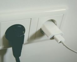 雷 電圧 コンセント対策