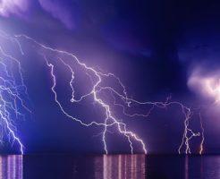 雷 多い 季節 時期