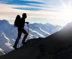 登山 雷 対応 避難 事故
